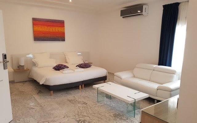 Suite princière de l'hôtel Ahoefa King Salomon Garden