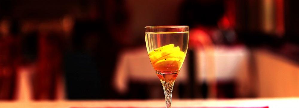 Cocktail à l'accueil de la Résidence Thérésia