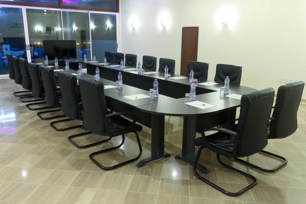 Salle de réunion de l'hôtel du Golfe