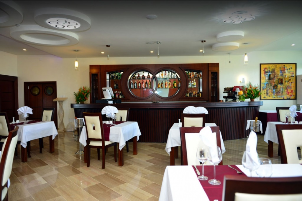 Bar de l'hôtel du Golfe