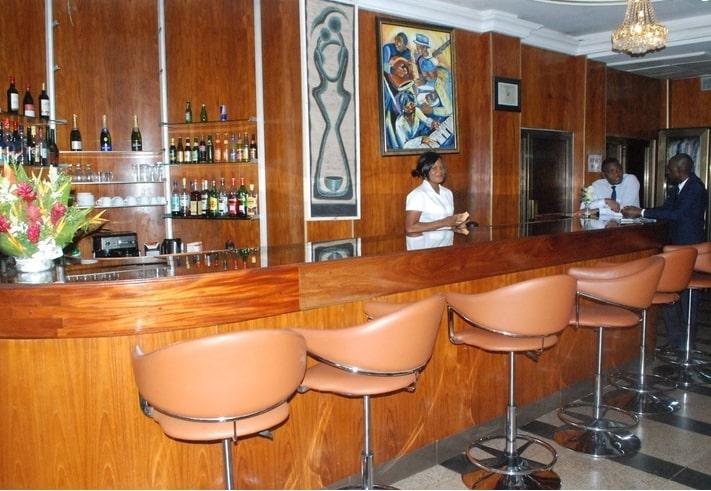Bar - Salon de l'hôtel Eda-Oba
