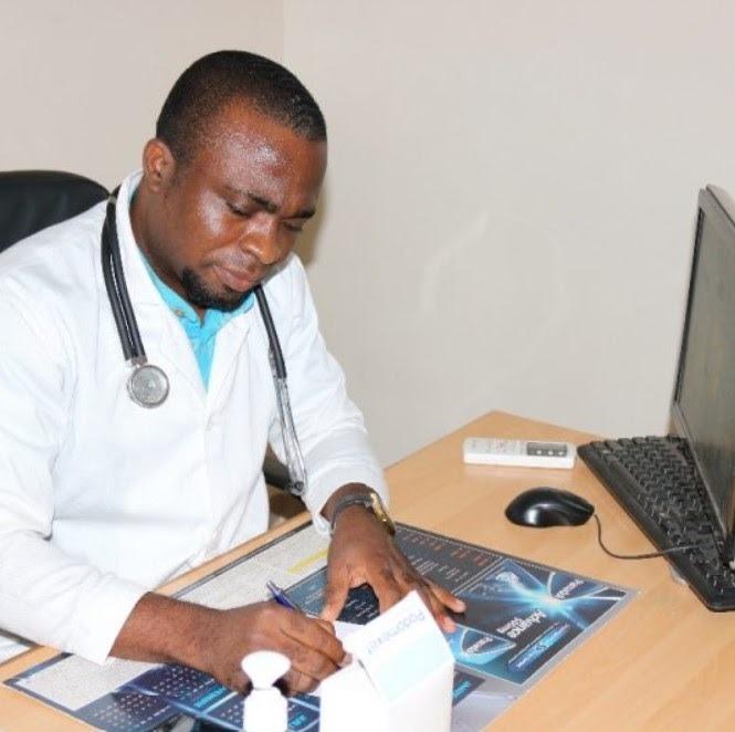 Gynécologue Dr Togbi Koffi cik