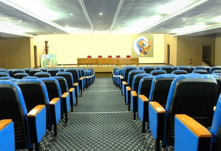 Salle de réunion de l'hôtel Eda-Oba