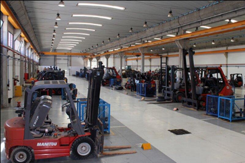 Machines et engins de construction de Premium Togo